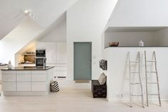Luxe pad in Stockholm - Daily Dream Decor Interior Styling, Interior Design, Appartement Design, Loft, Duplex, Find Furniture, Decoration Design, Scandinavian Home, House 2