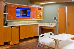 same-handed patient room.  New Parkland Hospital