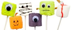 Halloween treats for kids and adults! These fun DIYs are easy to take on as a Halloween craft project.#TinyPrintsCheer