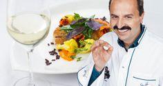 Johann Lafer kocht im Larimar - Larimar Magazin Breakfast, Food, Gourmet, Hoods, Wine, Koken, Morning Coffee, Meals, Morning Breakfast