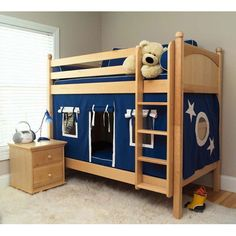 I've got to find a way to do this with the bunk bed we have. Tobi would LOVE this!