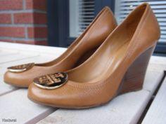 Wedge-heeled shoes by Tory Burch /  Tory Burch-kiilakorkokengät