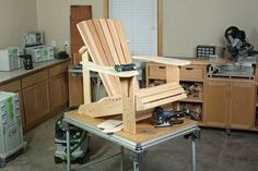 Complete plans and video show you how to build a classic Adirondack chair. This project is fun and easy to build for woodworkers of all skill levels. #woodworkingplans #AdirondackChair