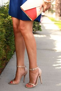 steve madden almost perfect pair of nude strappy heels