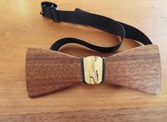 DIY Wooden Bow tie Wood bowtie Learn how I made this walnut & spalted maple bow tie click the link below the picture! Wooden Bow Tie, Wooden Diy, Diy Wood, Workshop Layout, Spalted Maple, Wooden Necklace, Perfect Man, Fun Projects, Christmas Crafts
