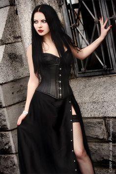 Model: Liama Babalon Welcome to Gothic and Amazing |www.gothicandamazing.com