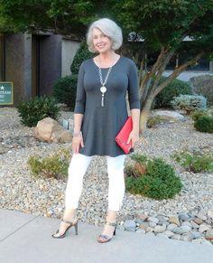 4611f77104a7 Loading... Older Women FashionMature ...