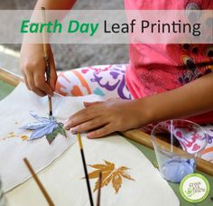 Leaf printing is a fun and easy craft for kids of all ages! http://www.greenkidcrafts.com/leaf-printing-2/