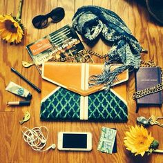 Clutch made in Pakistan. Empowering women across the world!