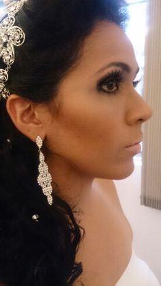 Maquiagem e bijoux noiva