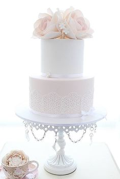 Wedding cake with delicate lace and roses - by Cakes2Kreate