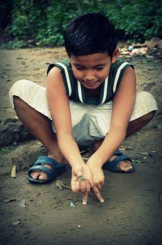 Holen or Jolen : A Filipino Kid's Game/Pass Time