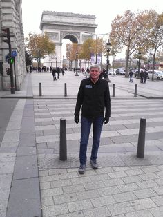 Colfax Marathon Race Director Creigh Kelley in Paris - nice jacket!