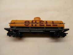 HO SCALE TYCO SHELL TANK CAR T2031