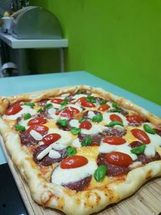pizza + syrove okraje