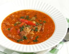 Charczo - Georgian goulash soup with beef rice pepper and walnuts. (in Polish) Beef Recipes, Soup Recipes, Healthy Recipes, Goulash Soup, Beef And Rice, Soup Kitchen, Grain Foods, Russian Recipes, Convenience Food