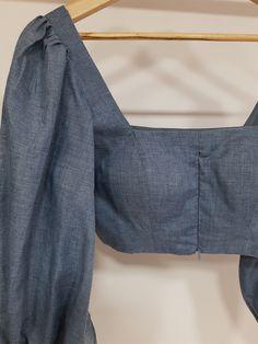 Cotton Saree Blouse Designs, Stylish Blouse Design, Fancy Blouse Designs, Latest Blouse Designs, Designer Blouse Patterns, Designer Dresses, Skirt Patterns, Coat Patterns, Sewing Patterns