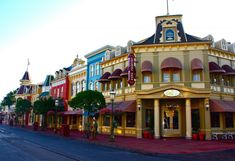 main street at disney world - Bing Images Disneyland Main Street, Disneyland Paris, Disney World Magic Kingdom, Walt Disney World, Disney Land, Disney Travel, Disney World Information, Street Magic, Disney Rooms