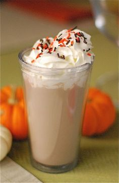 Spiced Pumpkin Hot Chocolate in 5 Minutes.  www.bumpin.me