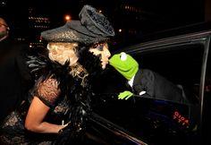 lady gaga kissing kermit