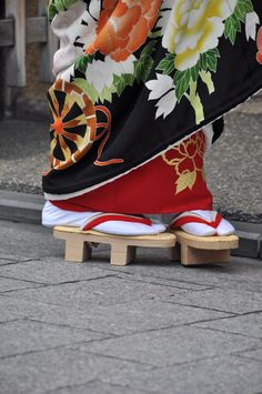 Brilliant Traditional Japanese Geta  Tokyo Fashion News