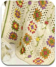 Love this granny square blanket :) From @JoAnnStores