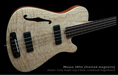 the Mouse 30 short scale bass