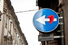 Love is everywhere... (here, in Milan) #nosepuede