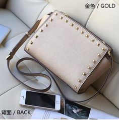c88640915fe41 Item No  cm×W 10 cm x cmBack Picture material  Pu LeatherBag Weight  400 g