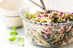 This yummy Spicy Thai Spaghetti Salad is an delicious twist on a potluck classic ~ quick to prepare using common ingredients, the Asian flavors in this colorful pasta salad really pop! This easy summe Side Salad Recipes, Summer Salad Recipes, Summer Salads, Asian Recipes, Coleslaw Recipes, Couscous Salat, Chickpea Salad, Spaghetti Salad, Pasta Salad