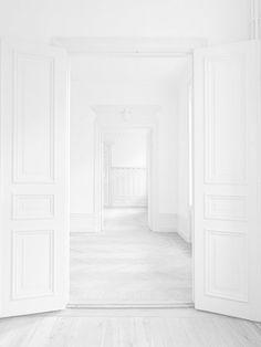 flowelle:  fluentmoves:  vvhite:  Fresh X Fashion ~ (follow back similar)  WHITE / BRIGHT / MINIMALIST BLOG  ◼️◻️