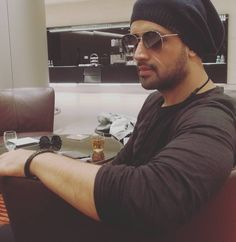 """262.6k Likes, 3,204 Comments - Atif Aslam (@atifaslam) on Instagram: """"Qatar so good to see you after 7 years, here I am - so excited to see you all Those who can't make…"""""""