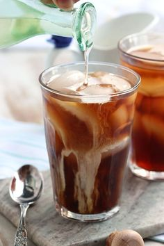 How to make cold brew coffee at home using just a mason jar, coffee grounds and water.   The Suburban Soapbox