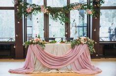 Лесная сказка Sage Wedding, Wedding Table, Red Wedding Decorations, Flower Decorations, Wedding Trends, Wedding Designs, Blue Purple Wedding, Bride Groom Table, Kings Table
