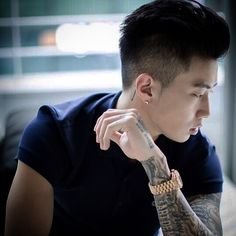Jay Park's side swag #jaypark #박재범 #swag #lacoste #rolex #aomg #followthemovement #followtheswag