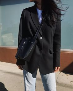 KARA Bag / ARITZIA Blazer / DENIM REFINERY Vintage Levis (Similar here) / CONVERSE Shoes (More here) — See post here