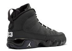 Jordan Shoes Girls, Air Jordan Shoes, Girls Shoes, Sneakers Nike Jordan, Michael Jordan Shoes, Nike Free Shoes, Nike Shoes Outlet, Running Shoes Nike, Air Jordan Retro