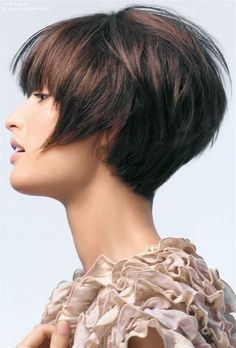 Images Very Short Bob Hairstyles, Stacked Bob Hairstyles, Layered Haircuts, Summer Hairstyles, Wig Hairstyles, Hairstyle Ideas, Straight Haircuts, Casual Hairstyles, Pixie Haircuts