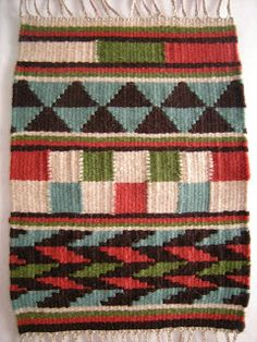 WeavingBackToTheFuture: Tapestry Sample - Geometric