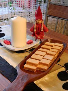 Csont nélkül...csak egyszerűen: Grillázs szelet Cream Cheese Flan, Condensed Milk Cake, Cheddar Cheese, Waffles, Breakfast, Food, Cheddar, Morning Coffee, Essen