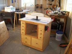 Here is the router table i built from plans by norm abrams i router table from norm abrams old yankee workshop keyboard keysfo Images