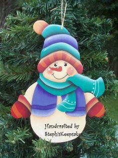 Adorno de Navidad muñeco de nieve de pintado a por stephskeepsakes