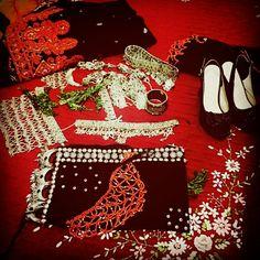 تراث يمني Arabian Peninsula, Ethnic Home Decor, Fight For Us, Traditional Dresses, Christmas Sweaters, Wedding Decorations, Cute, Photos, Clothes