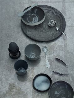 Atelier Decor: Shades of Grey