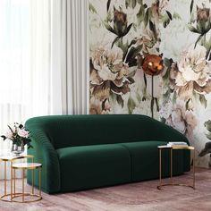 Living Room Green, Living Room Sofa, Living Spaces, Green Living Room Furniture, Emerald Green Couch, Emerald Green Decor, Green Velvet Sofa, Diy Furniture Couch, Velvet Furniture