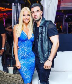 98.9k Followers, 1,027 Following, 931 Posts - See Instagram photos and videos from Alexia Echevarria (@alexiae_says) Real Housewives, Blue Dresses, Bodycon Dress, Photo And Video, Videos, Cover, Instagram Posts, Party