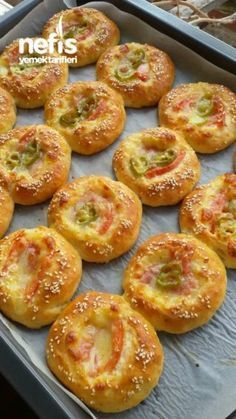 3 Pastry (Experiment A so) - Delicious Recipes Breakfast Items, Breakfast Dishes, Breakfast Recipes, Snack Recipes, Cooking Recipes, Tea Time Snacks, Salty Snacks, Bread And Pastries, Turkish Recipes