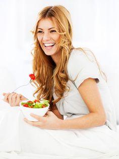 Sie möchten schnell 3 Kilo abnehmen? Das schaffen Sie mit unseren Salaten: Die sind in höchstens 25 Minuten fertig, super zum Vorbereiten
