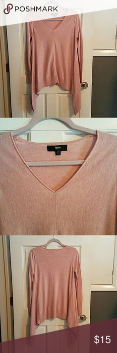 Blush Pink V-neck Trapeze Style Sweater This is a great winter to spring or summer to fall transition piece.  Loose fitting trapeze style sweater with asymmetrical hemline on left and right sides.  Pairs well with leggings or jeans and a pair of heels or boots.  In great condition, worn only once. Mossimo Supply Co Sweaters V-Necks