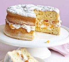 Low fat Fruity sponge cake